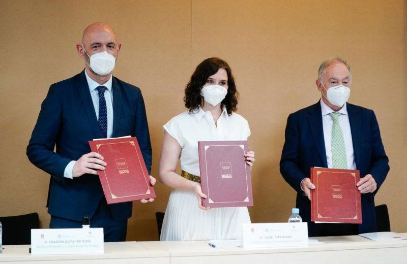 La Comunidad de Madrid firma un protocolo de actuación pionero en España para proteger a los animales de compañía frente al COVID-19