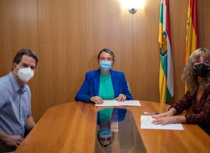 El Gobierno de La Rioja y la Asociación Protectora de Animales en La Rioja renuevan el convenio para el fomento de la protección y defensa animal