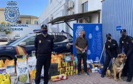 Policía Nacional de la Línea de la Concepción entrega más de 600 kg. de comida animal