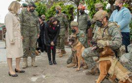La Ministra Margarita Robles visita las instalaciones del Centro Militar Canino de la Defensa