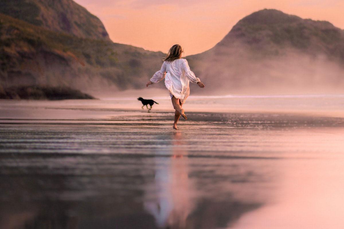 Mujer corriendo salud cardiovascular